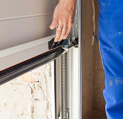 Exclusive Garage Door Service Chicago, IL 773-353-6363
